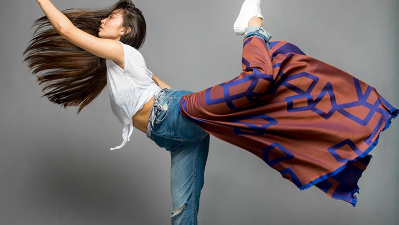 1-women-designer-scarves-faribasoltani