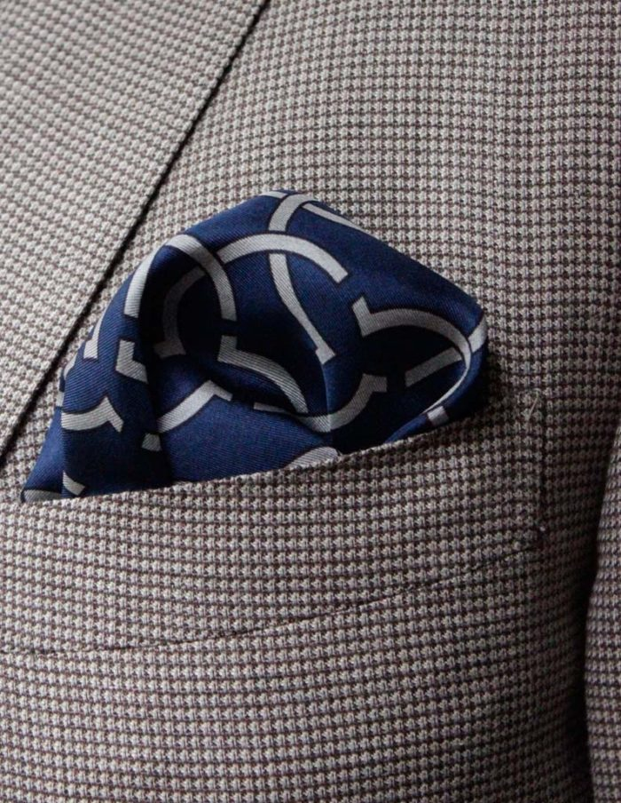 Pure twill silk Navy pocket square by The Kholeno